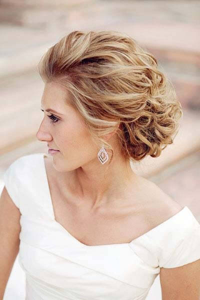 do-it-yourself-wedding-hairstyles-for-long-hair